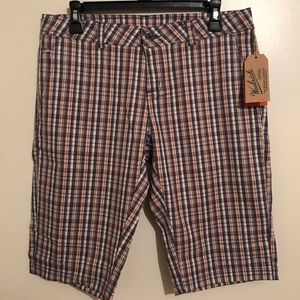 Woolrich plaid shorts size 4